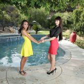 Janice Griffith - Older Women Younger Girls! - Sweet Heart Video